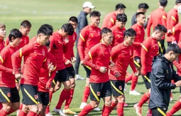 今体育:国足热身赛大打攻势足球,河南将模拟菲律宾战术-建业V